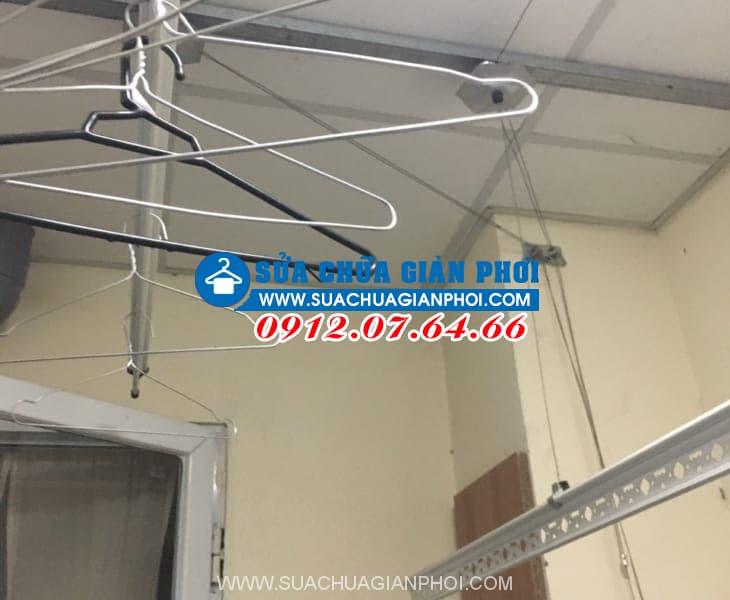 Sửa giàn phơi thông minh bị đứt dây cáp tại Ruby City nhà Anh Kiên