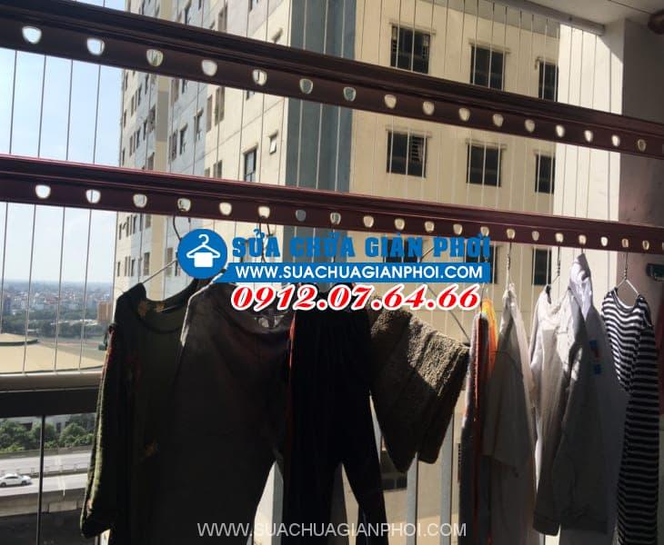 Sửa giàn phơi quần áo thông minh nhà Chị Thủy, tòa tháp C, Kim Văn - Kim Lũ Hoàng Mai phòng 1003